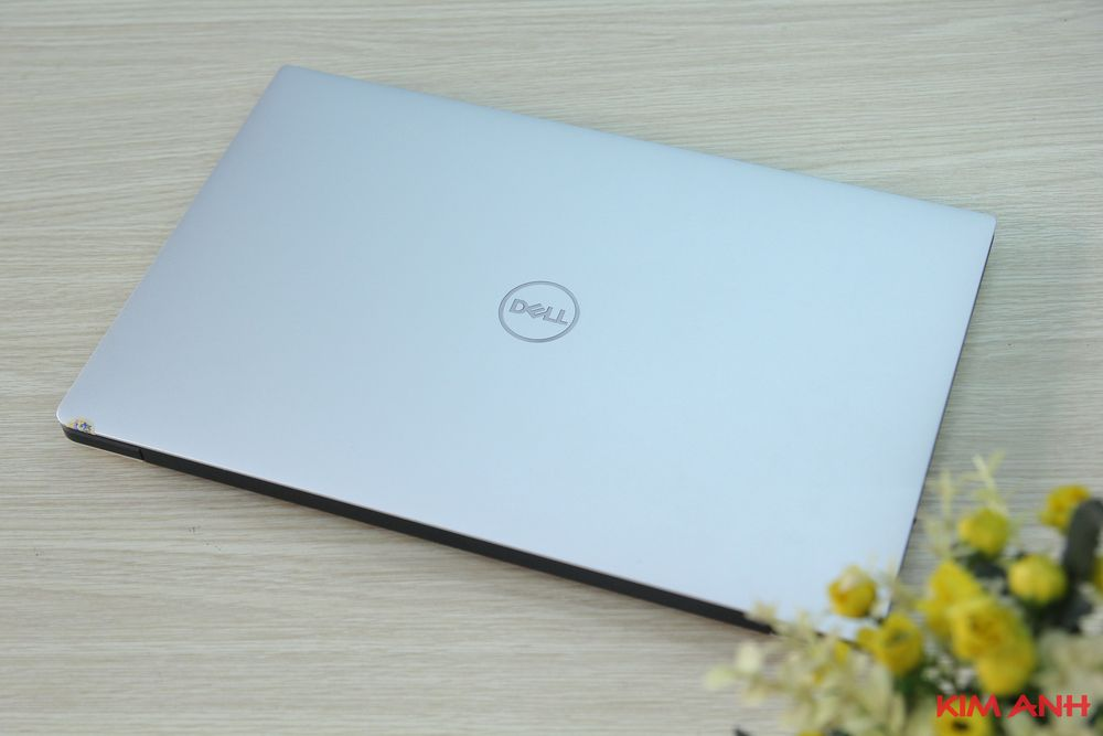 Dell XPS 9370 i5-8350U RAM 16GB SSD 256GB FullHD Cảm ứng