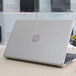 HP 15DA i5-8250U RAM 4GB HDD 1TB FullHD