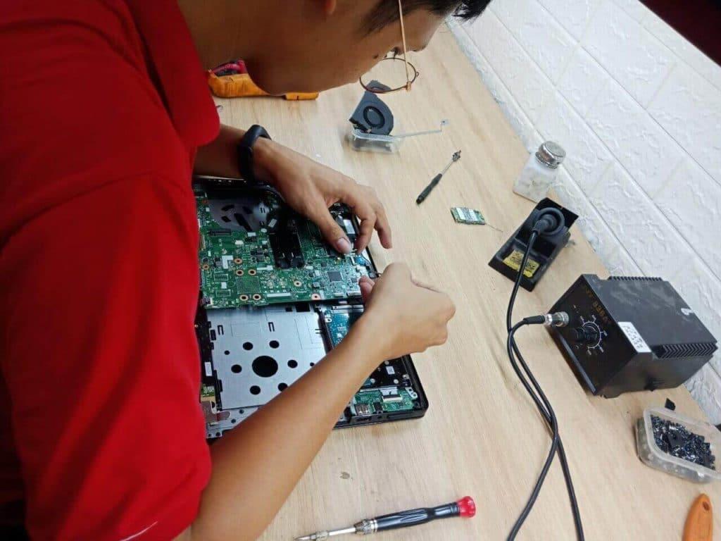 trung tâm sửa chữa laptop giá rẻ-uy tín